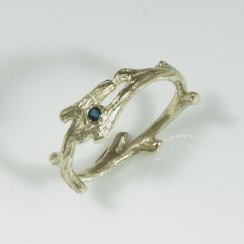zlatý prsten větvička